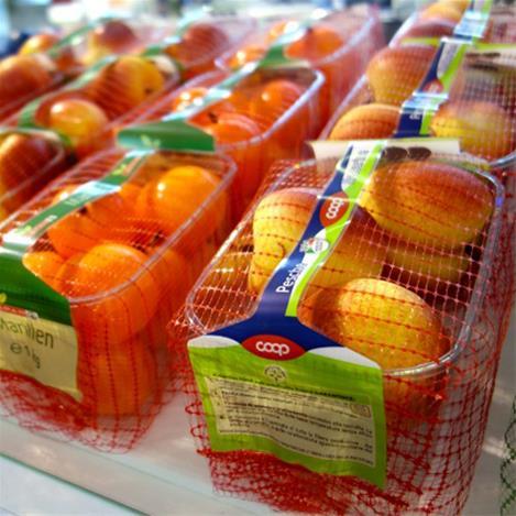 امروزه توسط دستگاه بسته بندی،بسته بندی میوه انجام می شود